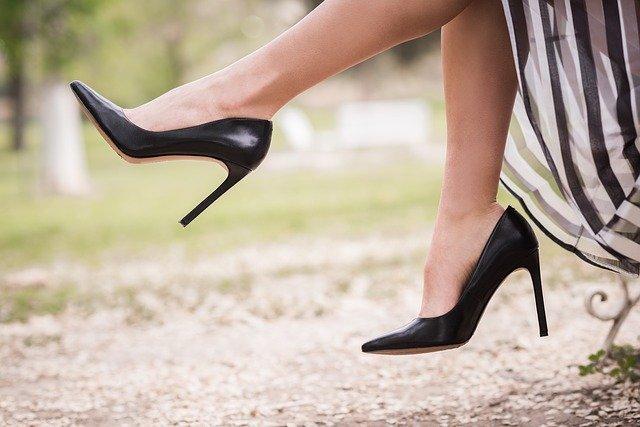Buty zamszowe – w jaki sposób o nie dbać?